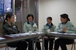 左から孕石氏、小松氏、宇都氏、中嶋氏