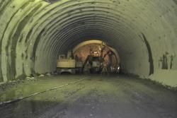 馬瀬トンネル坑内
